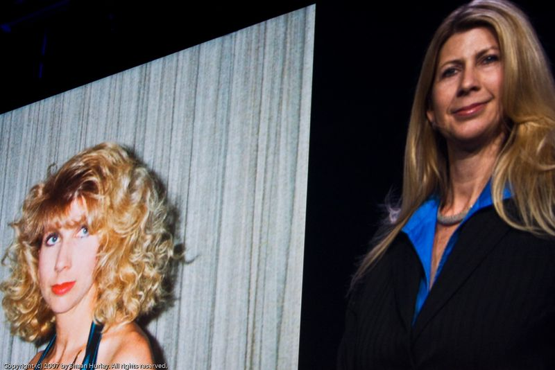 AU 2007 - Lynn Allen then and now